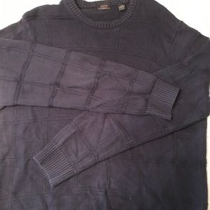 Men's classic fit mid weight crew neck sweater